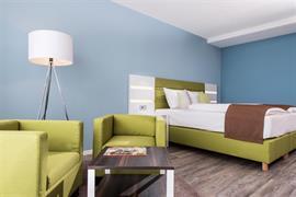 95491_006_Guestroom