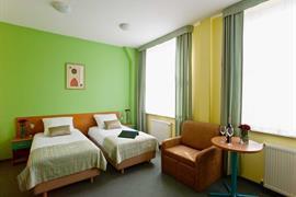 81026_007_Guestroom