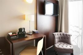 93812_004_Guestroom