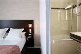 93812_005_Guestroom