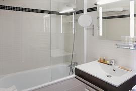 93812_006_Guestroom