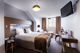 93749_001_Guestroom