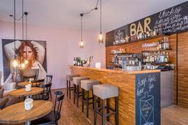 95183_007_Restaurant