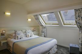 93822_004_Guestroom