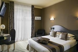 93822_006_Guestroom