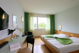 94185_007_Guestroom