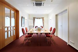 95371_005_Meetingroom
