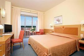 98265_005_Guestroom
