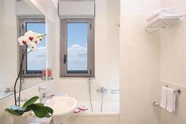 98265_006_Guestroom