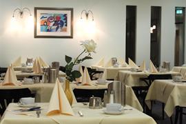 95328_003_Restaurant