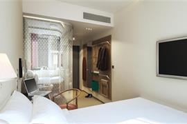 88215_003_Guestroom