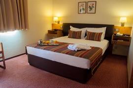 72051_004_Guestroom