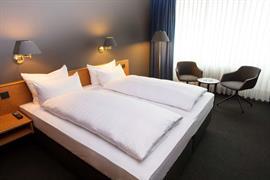 95510_001_Guestroom