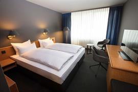 95510_002_Guestroom