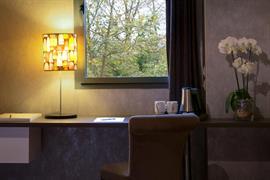 93713_006_Guestroom