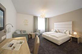 95372_001_Guestroom