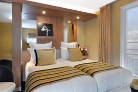 93819_001_Guestroom