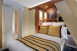 93819_007_Guestroom