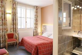 93434_002_Guestroom