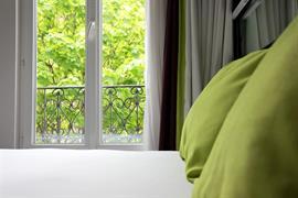 93729_000_Guestroom