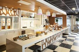 93765_005_Restaurant
