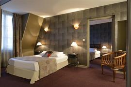 93417_002_Guestroom