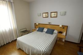 92200_000_Guestroom