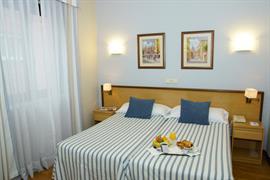 92200_002_Guestroom
