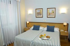 92200_007_Guestroom