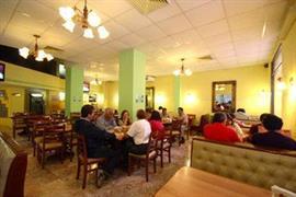 70148_005_Restaurant