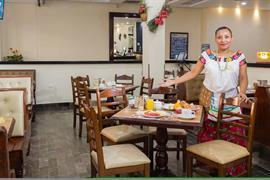 70148_006_Restaurant