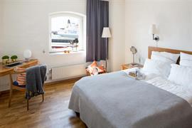 88219_005_Guestroom