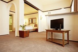 95439_006_Guestroom