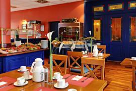 95492_002_Restaurant