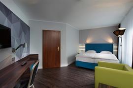 95492_007_Guestroom