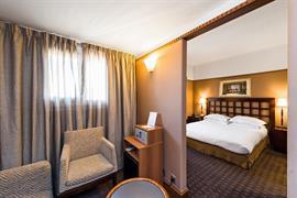 93635_003_Guestroom