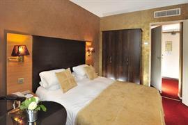 93498_004_Guestroom