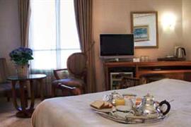 93498_005_Guestroom