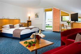 95296_003_Guestroom