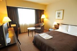 78527_005_Guestroom