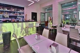 98119_006_Restaurant