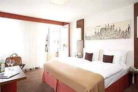 95361_006_Guestroom