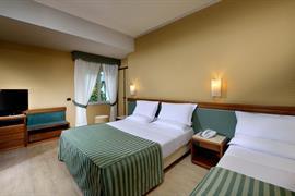 98050_003_Guestroom