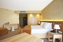 93608_000_Guestroom