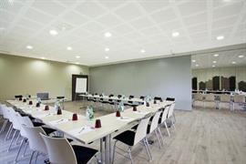 93608_002_Meetingroom