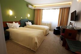 77717_006_Guestroom