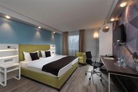 95499_004_Guestroom