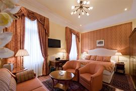 89058_000_Guestroom