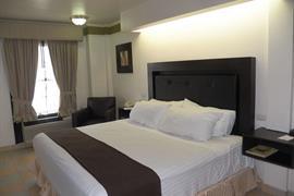 70117_007_Guestroom