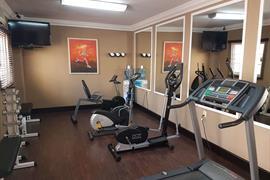70132_006_Healthclub